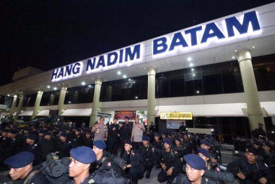 Polda Kepri Berangkatkan 300 anggota Brimob, Bantu Amankan KPU