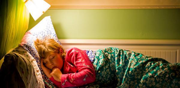 Bagi Yang Suka Tidur dengan Lampu Menyala, Hati-Hati Bisa Pacu Penyakit Diabetes